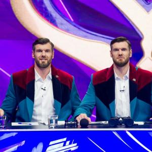 tallest twins tv show